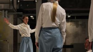 Kajsa Sandström och Robin Dingemans (Weld Company) i Litó Walkeys koreografi från 2013.